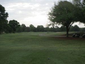 Cotton Creek hole# 1: Par 4, 392/378/338/295