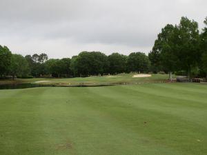 Cotton Creek hole# 6: Par 4 (395/382/347/330)