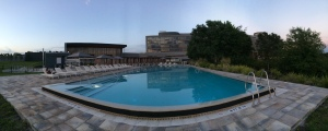 Panoramic view of the beautiful infinity pool at Streamsong Resort
