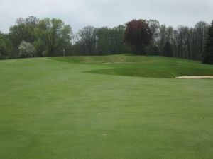 West Bend CC Hole 14: Par 4 (344/326/286/272)