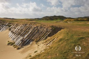 6th hole at Old MacDonald (photo courtesy of Bandon Dunes website)