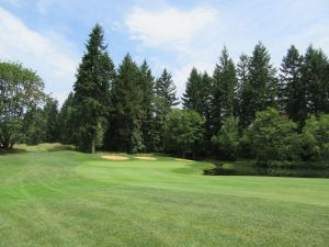 Witch Hollow hole 5: Par 3 (211/187/166/143/143)