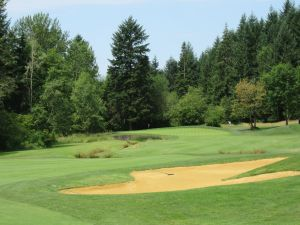 Witch Hollow hole 6: Par 4 (453/415/390/380/344)