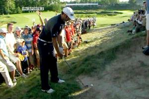 Dustin Johnson grounding his club in a waste bunker on 18 during the final day at the 2010 PGA Championship