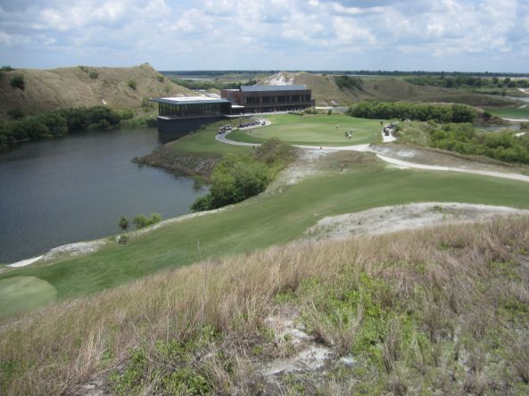 Streamsong Resort clubhouse in Streamsong, FL