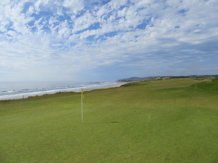 Pacific Dunes hole 4