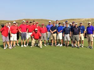 Team Wisconsin in red, Team Illinois in blue