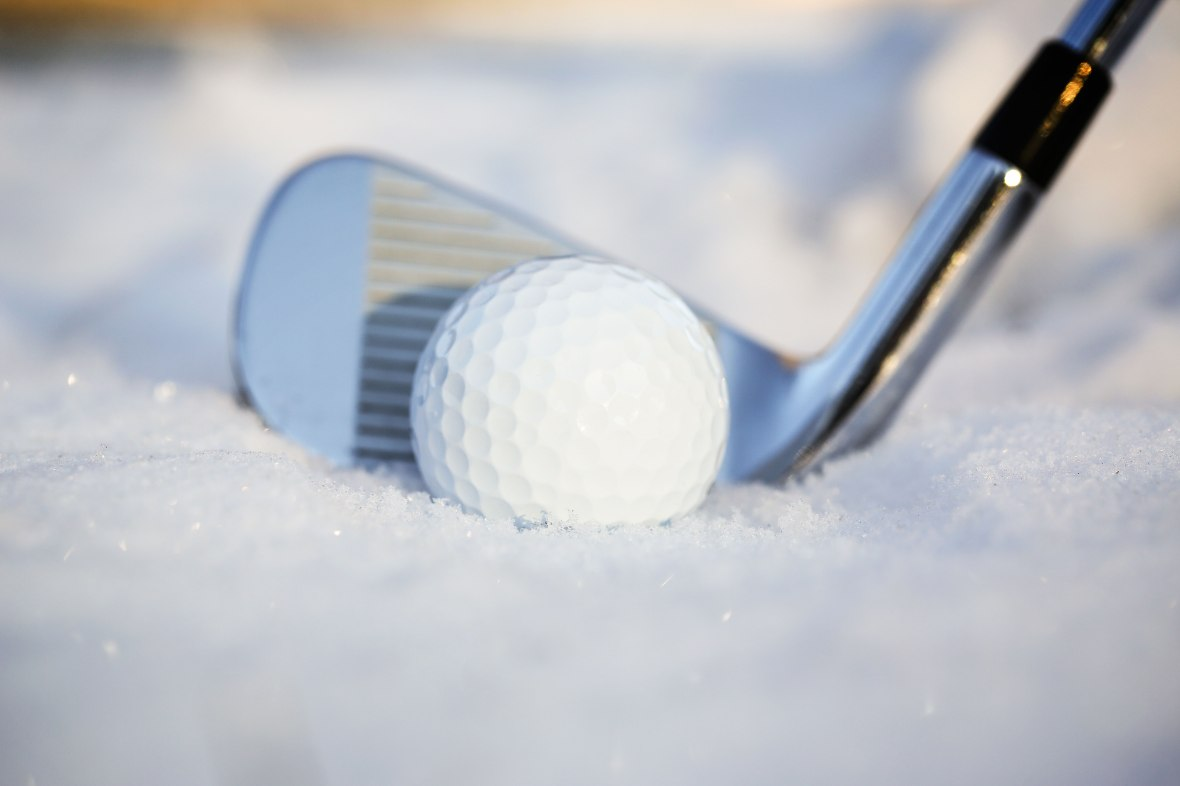 Winter Rules golfing in snow in Wisconsin